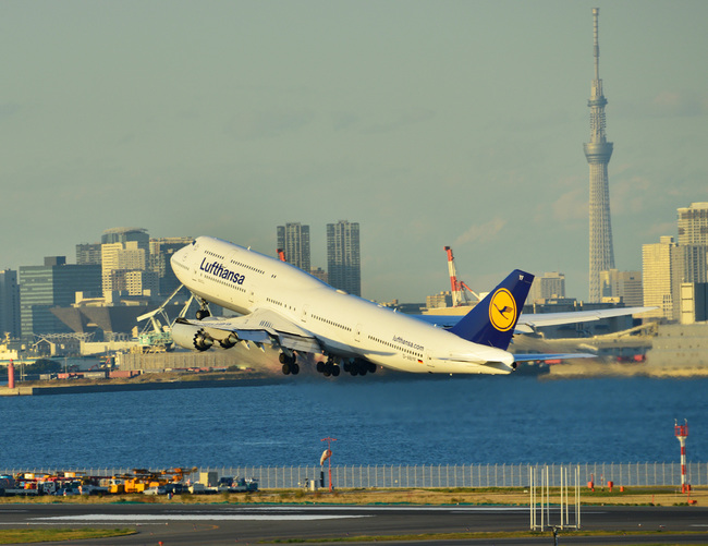 Lufthansa04.jpg