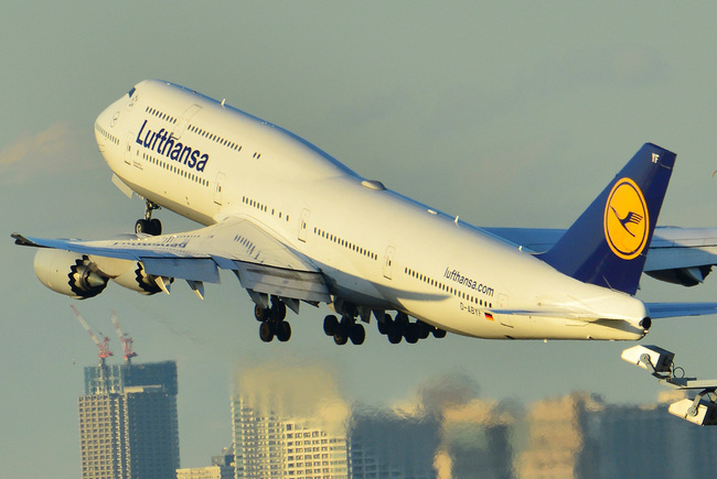 Lufthansa05.jpg