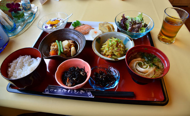 Taketomi3-01.jpg