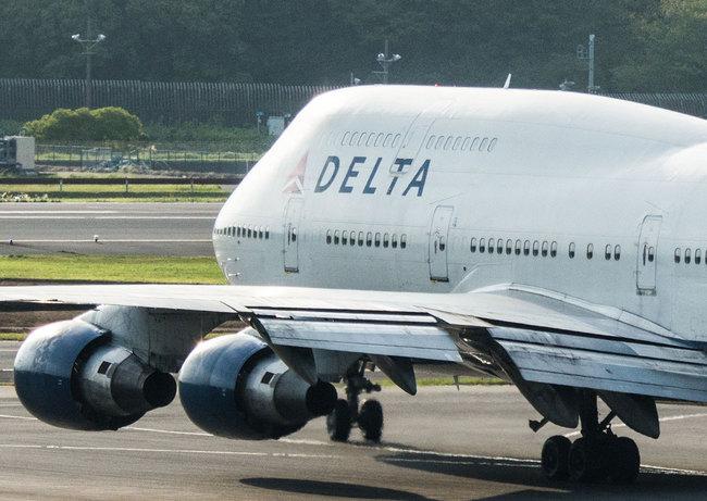 delta13.jpg
